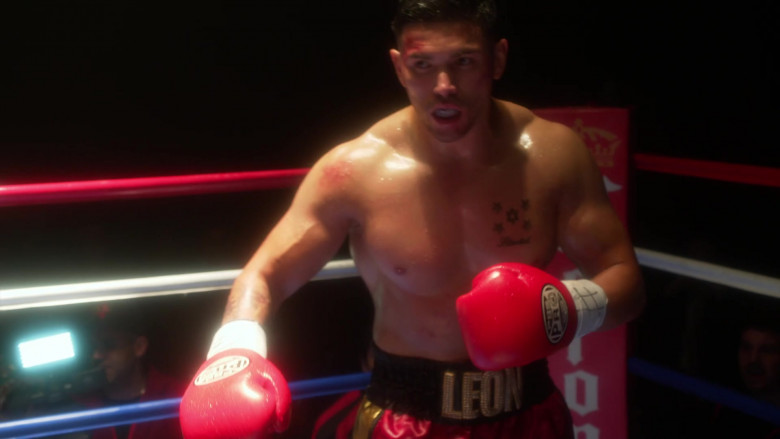 PBS Pro Boxing Gloves in L.A.'s Finest S02E07 (1)