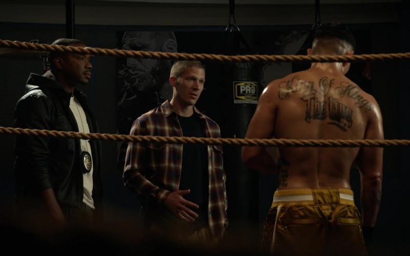PRO Boxing Heavy Bags in L.A.'s Finest S02E01 (1)