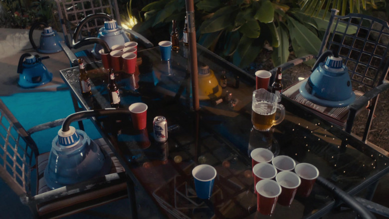 Pabst Blue Ribbon Beer in Scary Movie 5 (1)