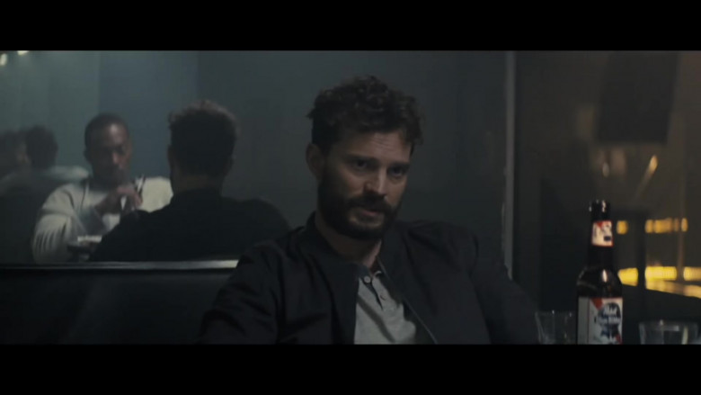 Pabst Blue Ribbon Beer of Jamie Dornan as Dennis Dannelly in Synchronic