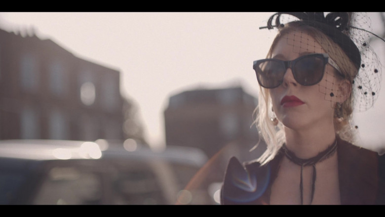 Quay Sunglasses of Katherine Ryan in The Duchess S01 TV Show by Netflix (1)