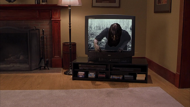 RCA TV and JVC Video Cassette Recorders in Scary Movie 3 (2)