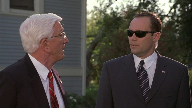 Ray-Ban Men's Sunglasses in Scary Movie 3 (1)