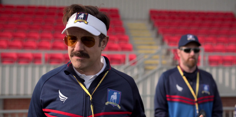 Ray-Ban Sunglasses of Jason Sudeikis in Ted Lasso S01E09 TV Show (1)