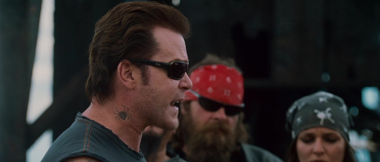 Ray-Ban Sunglasses of Ray Liotta as Jack in Wild Hogs (2)
