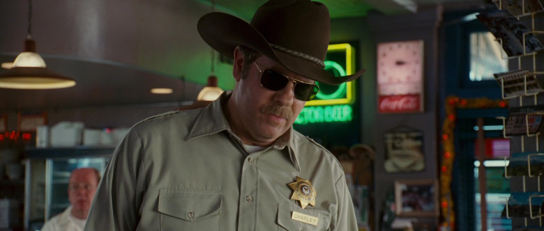 Ray-Ban Sunglasses of Stephen Tobolowsky as Sheriff Charley in Wild Hogs (1)