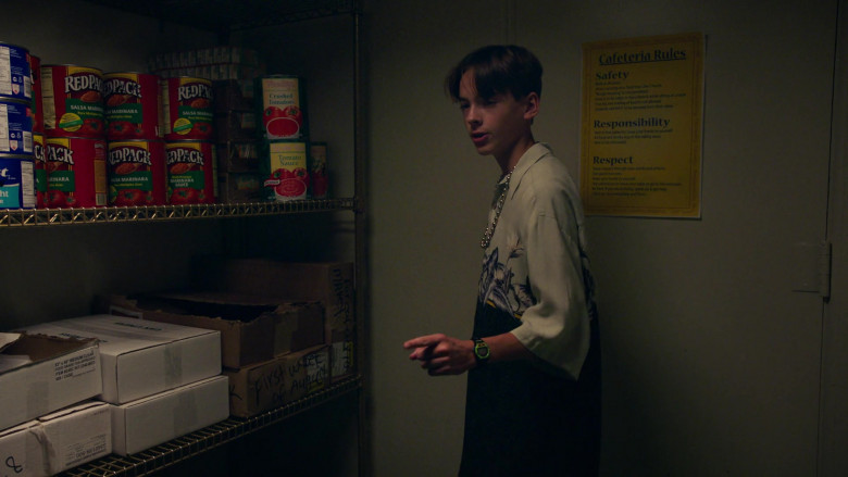 Redpack Sauces in PEN15 S02E01