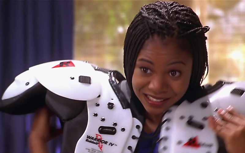 Riddell Warrior 4 Football Shoulder Pads Worn by Regina Hall as Brenda Meeks in Scary Movie (2)