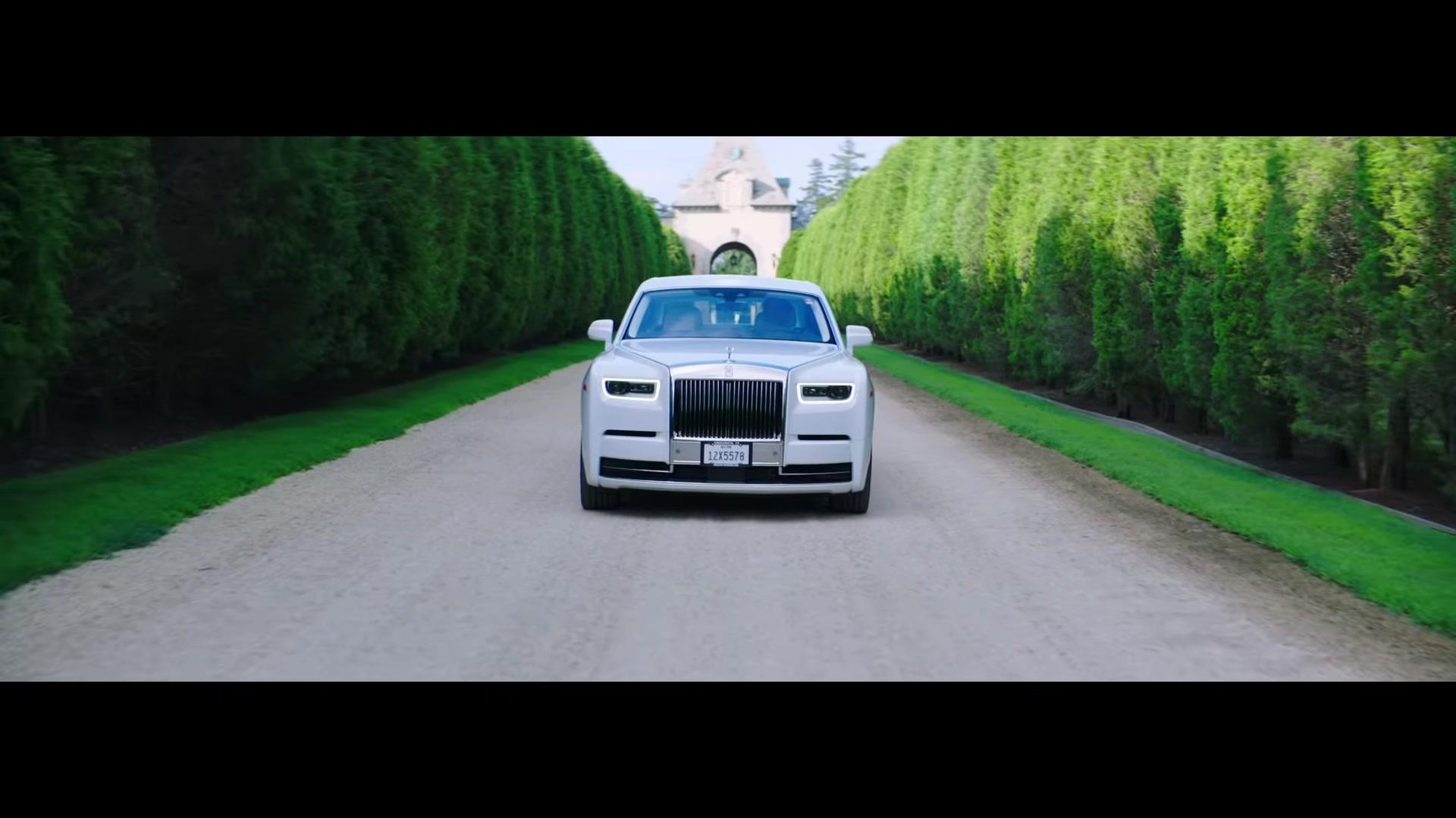 Rolls Royce Phantom White Car In Pa Ti Lonely By Jennifer Lopez Maluma 2020