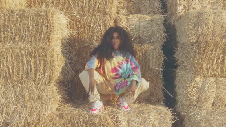"SZA Nike Shoes in ""Hit Different"" Music Video (1)"