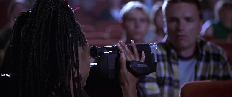 Samsung Video Camera of Regina Hall as Brenda Meeks in Scary Movie (2000)