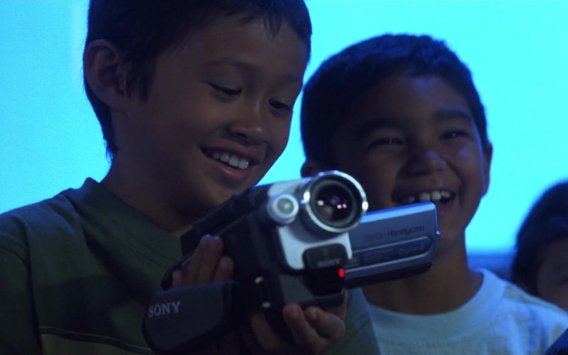 Sony Handycam Camcorder in 50 First Dates (2004)