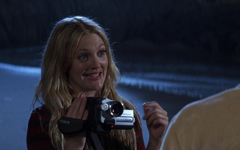 Sony Handycam Video Camera Held by Drew Barrymore as Lucy Whitmore in 50 First Dates Movie (3)