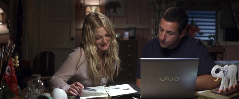 Sony Vaio Laptop of Drew Barrymore as Lucy Whitmore & Adam Sandler as Henry Roth in 50 First Dates Romantic Film (2)