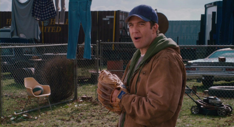 Spalding Baseball Gloves of Craig Bierko as Tom Ryan in Scary Movie 4