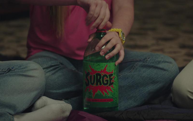 Surge Soda Bottle in PEN15 S02E05 TV Show (1)