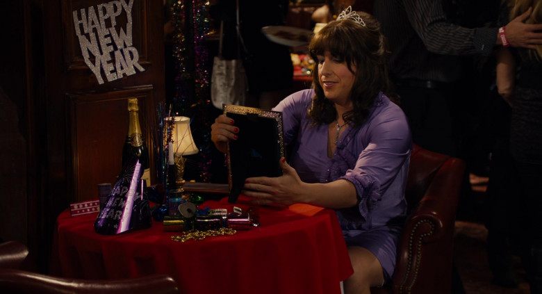 Taittinger Champagne Enjoyed by Adam Sandler as Jill in Jack and Jill Movie (1)