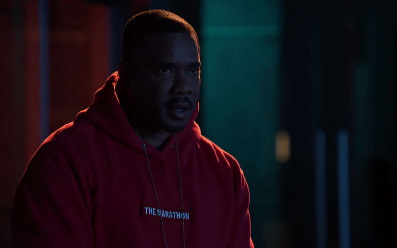 The Marathon Red Hoodie of Duane Martin as Ben Baines in L.A.'s Finest S02E12 (3)