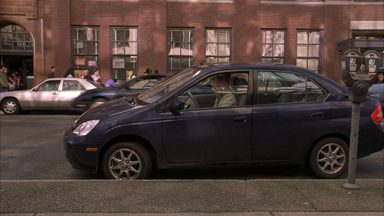 Toyota Prius Blue Car of Anna Faris as Cindy Campbell in Scary Movie 3 (1)