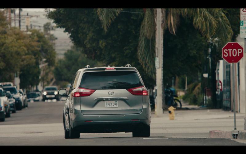 Toyota Sienna Car of Allen Maldonado as Devin in Sneakerheads S01E01 101 TV Series (1)