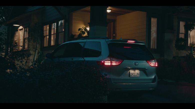 Toyota Sienna Car of Allen Maldonado as Devin in Sneakerheads S01E01 101 TV Series (3)