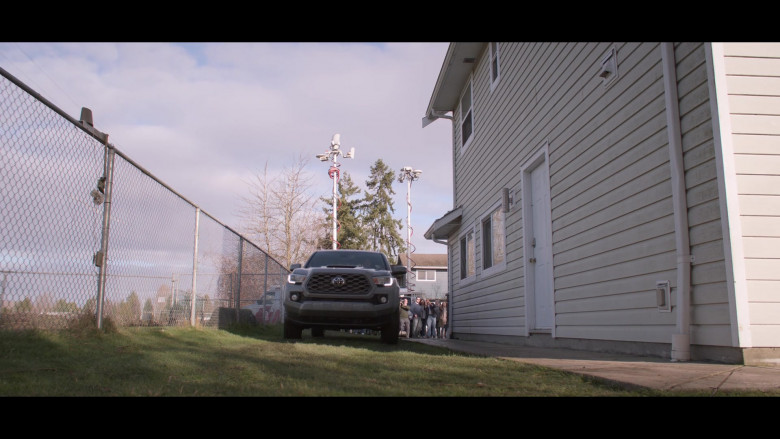 Toyota Tacoma Grey Car in Away S01E10 TV Show (2)
