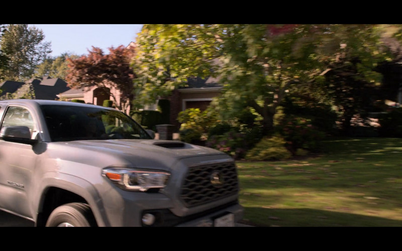 Toyota Tacoma Pickup Truck in Away S01E03 TV Show (2)