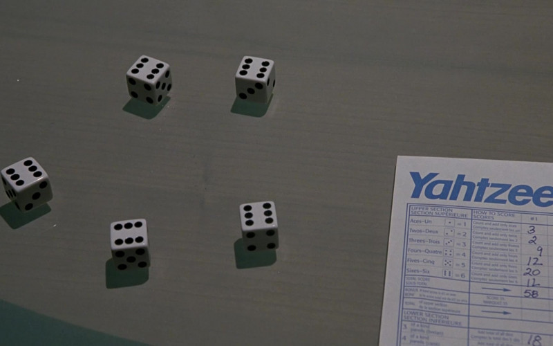 Yahtzee Game by Milton Bradley in Scary Movie 3 (2003)