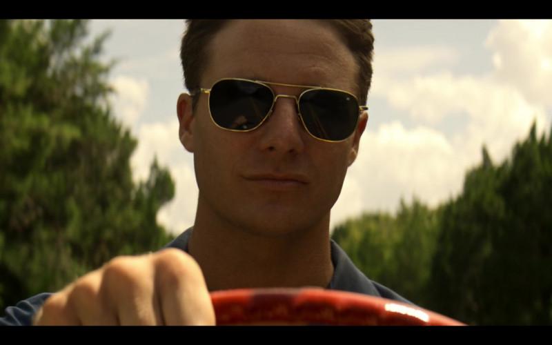 AO Pilot Sunglasses (Gold Frame) in The Right Stuff S01E02 TV Show (4)