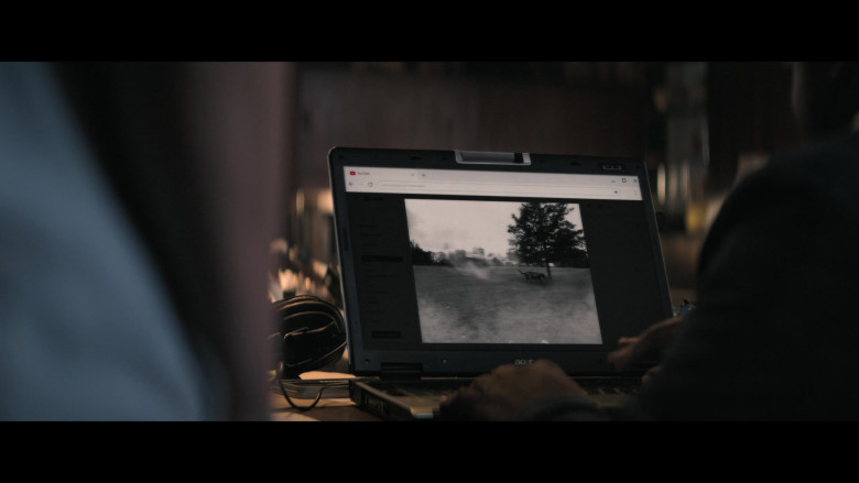 Acer Laptop Used by Samson Kayo as Elton John in Truth Seekers S01E05 (2)