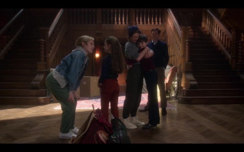 Amelia Eve as Jamie Wears Converse Hi Sneakers in The Haunting of Bly Manor TV Show