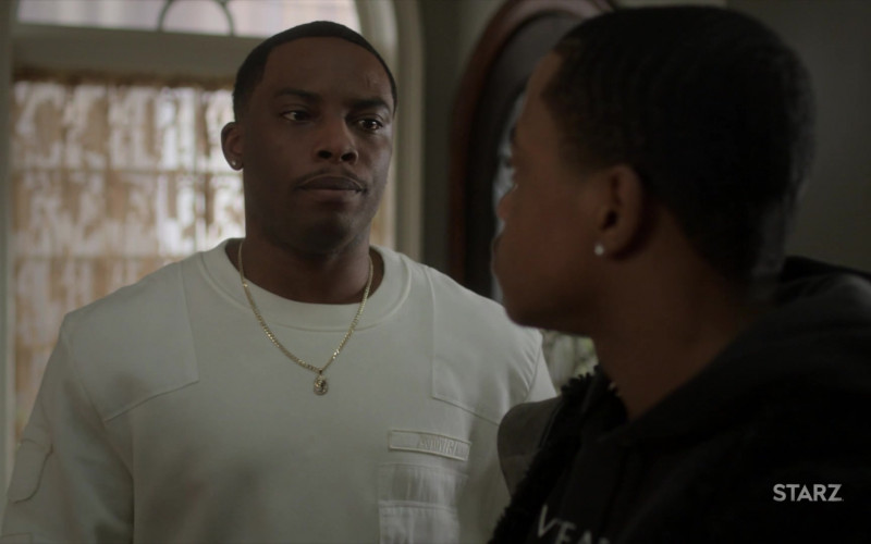 Amiri White Sweatshirt Outfit of Woody McClain as Cane Tejada in Power Book 2 Ghost S01E05 TV Show
