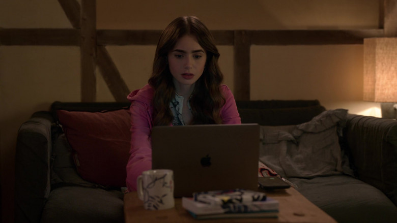 Apple MacBook Laptop Used by Lily Collins as Emily Cooper in Emily in Paris S01E10
