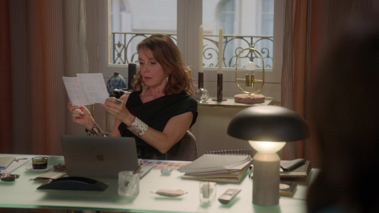 Apple MacBook Laptop Used by Philippine Leroy-Beaulieu as Sylvie in Emily in Paris S01E02 (1)