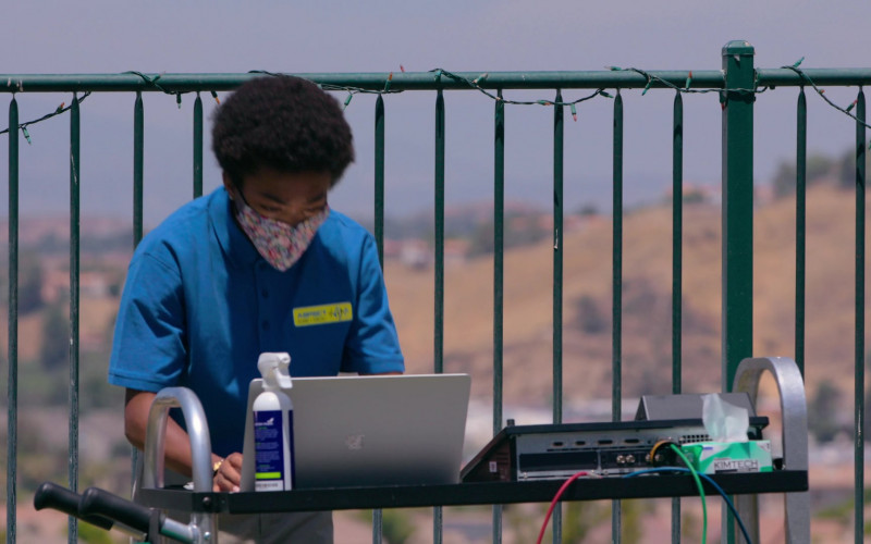 Apple MacBook Laptop of Asante Blackk as Corey in Social Distance S01E08