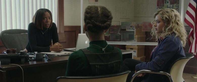 Apple MacBook Laptop of Yvonne Orji in Spontaneous Movie (3)