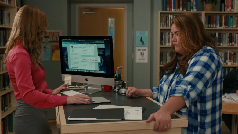 Apple iMac Computer in American Housewife S05E01 Graduation (2020)