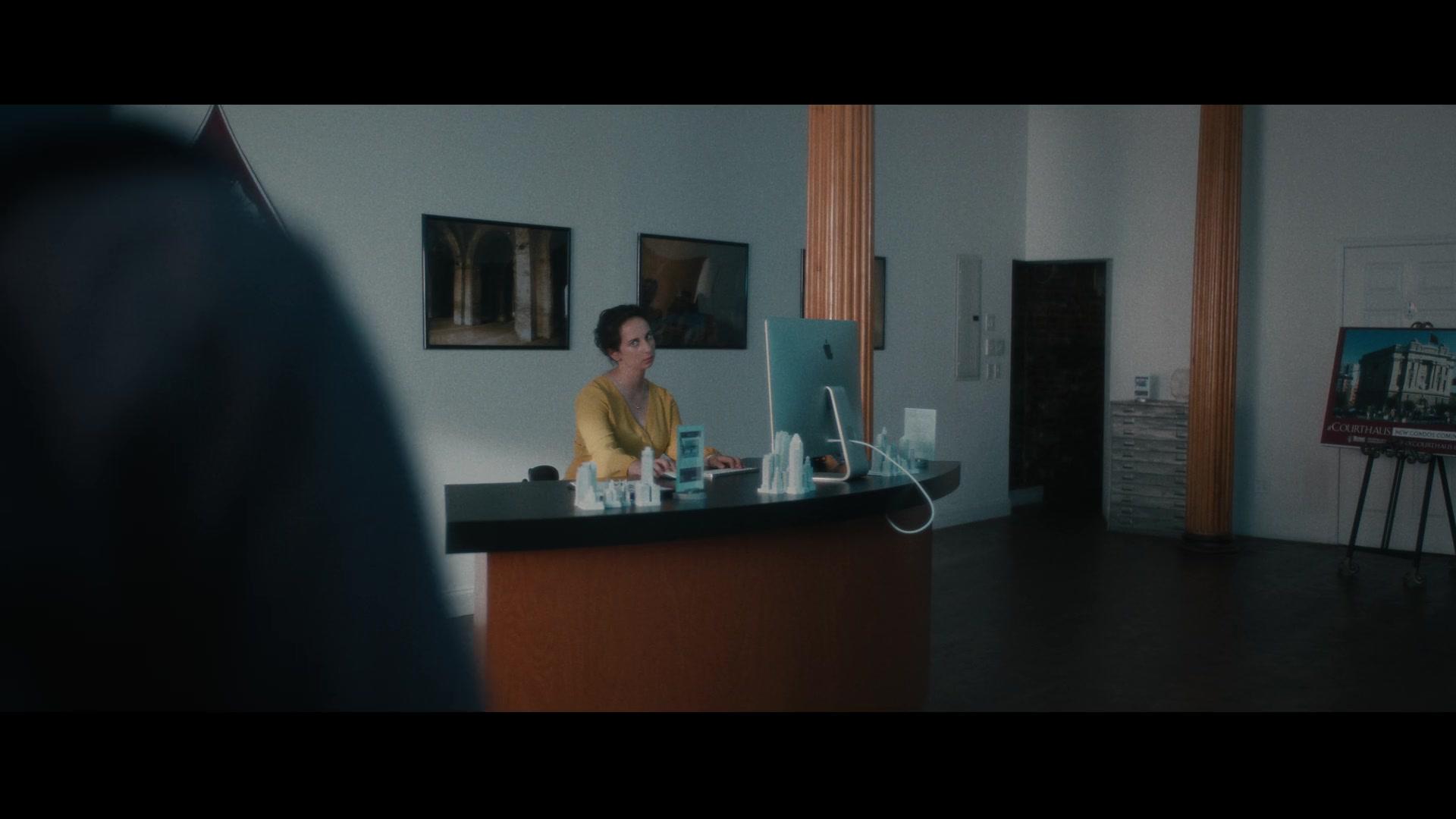 Apple IMac Computer In Vampires Vs. The Bronx (2020)