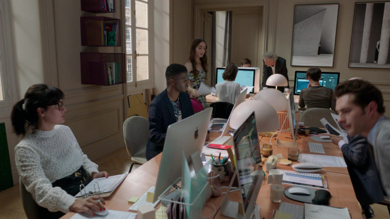 Apple iMac Computers in Emily in Paris S01E03 (3)