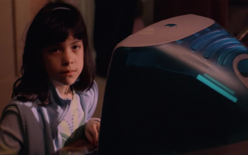 Apple iMac Indigo Computer in Training Day (2001)