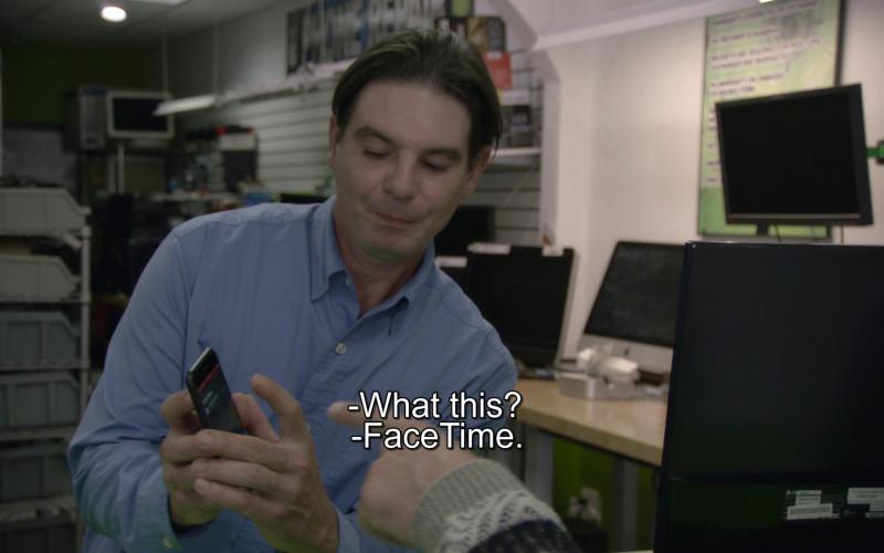 Apple iPhone & FaceTime in Borat Subsequent Moviefilm (2020)