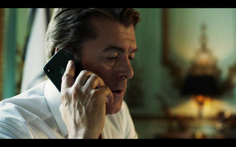 Apple iPhone Smartphone Used by Actor in Riviera S03E06 (2020)