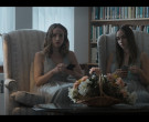 Apple iPhone Smartphone in Monsterland S01E07 Iron River, M...