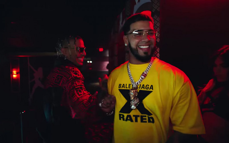 "Balenciaga Yellow 'X Rated' T-Shirt of Anuel AA in ""Reloj"""