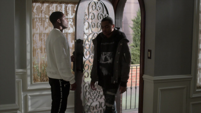 Balmain Men's Pants Outfit of Woody McClain as Cane Tejada in Power Book 2 Ghost S01E05 TV Show (1)
