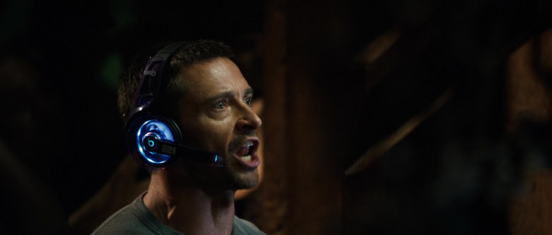 Beats Futuristic Headset of Hugh Jackman as Charlie Kenton in Real Steel (1)