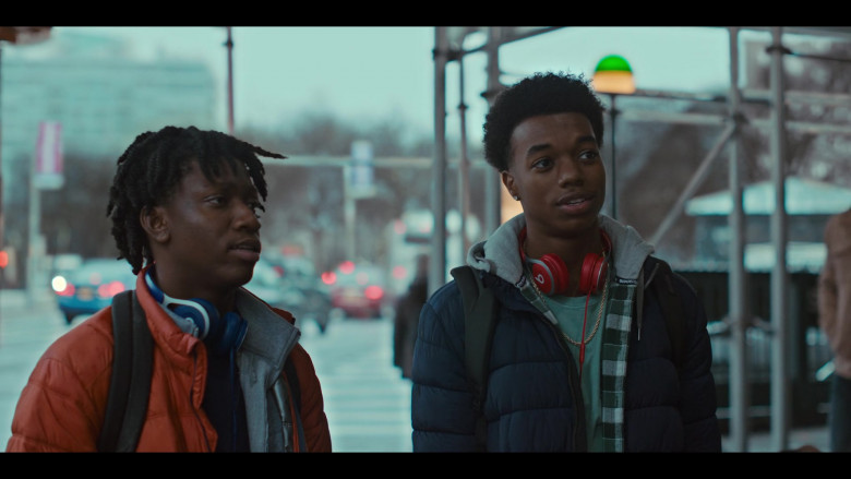 Beats Red Headphones of Maliq Johnson as Jayson Jackson in Grand Army S01E01 (2)