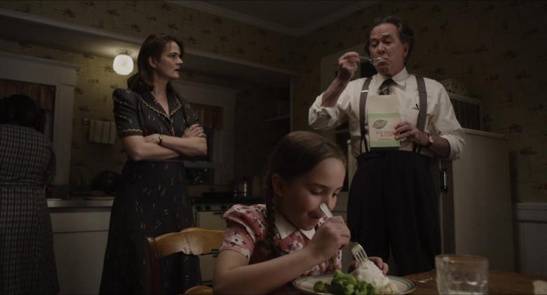 Breyers Ice Cream Enjoyed by Timothy Hutton as Leo Steinem in The Glorias (1)