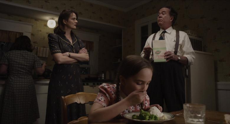 Breyers Ice Cream Enjoyed by Timothy Hutton as Leo Steinem in The Glorias (2)