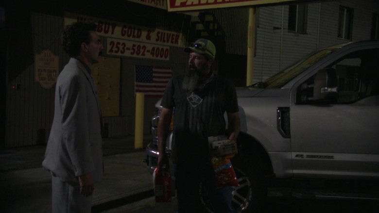 Budweiser Beer and Cheetos Snack in Borat Subsequent Moviefilm (2)